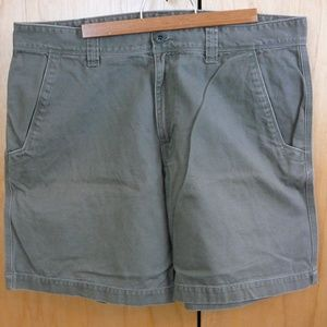 Men's North Face Olive Green Shorts Size 36